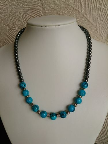 Turquoise Glass and Hematite Beaded Necklace