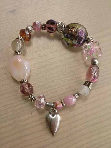 Heart Charm Lampwork Glass Stretchy Bracelet in Pinks and Plums