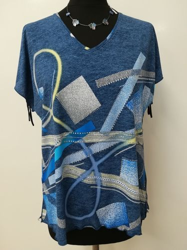 V Neck Split Sleeve and Split Hem Top - Geometric Print