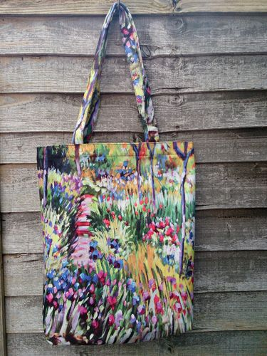 Gardens at Giverny Print Tote Bag